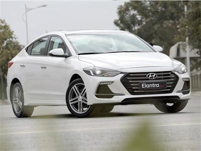 Hyundai ELANTRA SPORT 1.6AT
