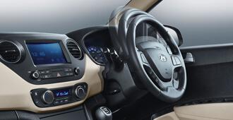 Nội thất Hyundai Grand i10 sedan 1,2MT BASE 4